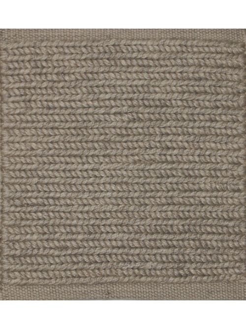 Norwegian - PET - Ivory 17 and Light Gray